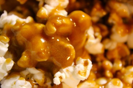 Post image for Baked Caramel Corn