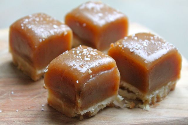 Post image for Salted Caramel Short Bread Bites