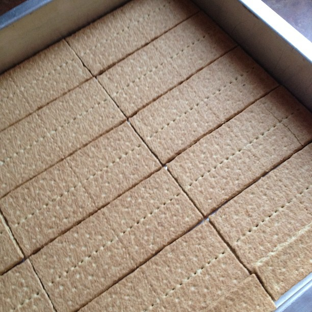 eclair cake graham crackers