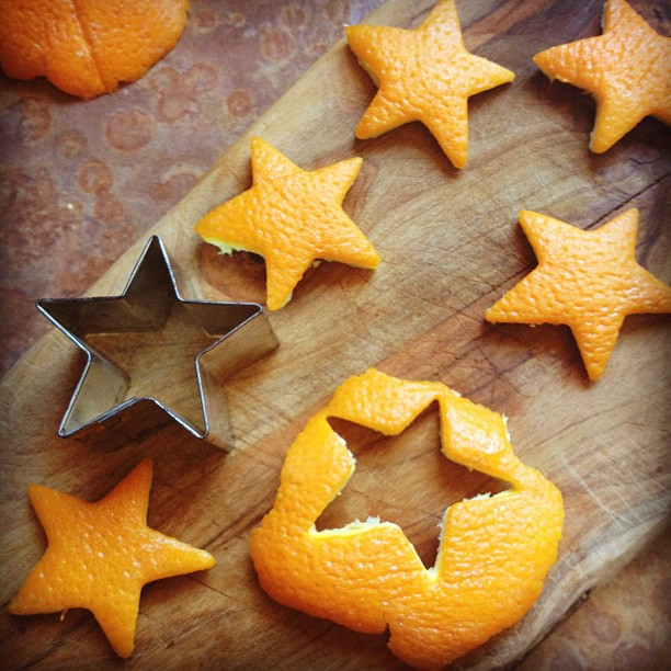Cutting out orange stars